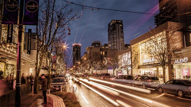 robson-street-shopping-vancouver