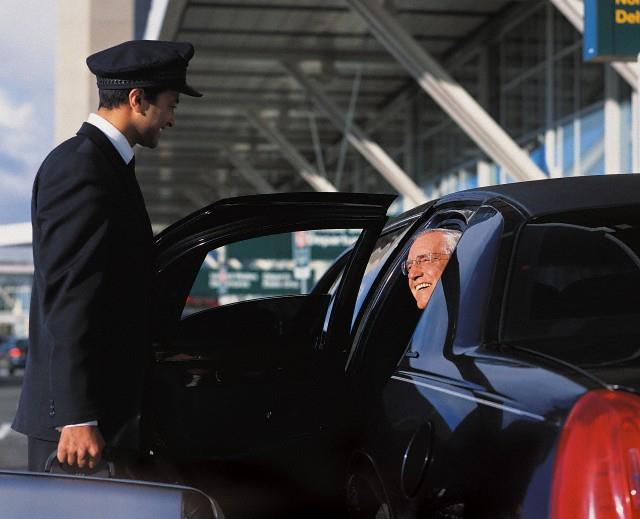 Yvr Airport Pick Up Drop Off Limousine Service